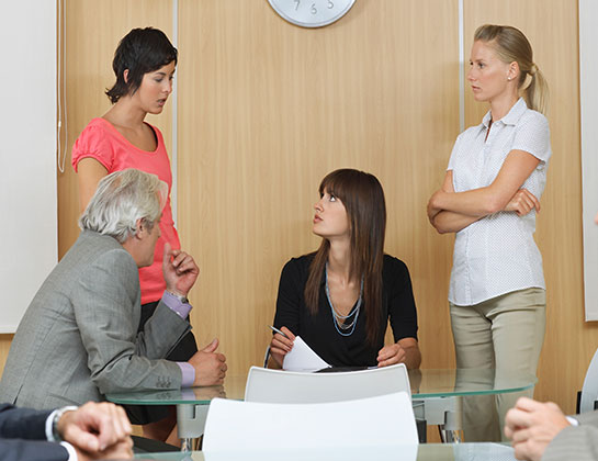 5 Communication Blunders Managers Might Be Committing that Kill their Team's Spirit